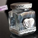Boccaccino in vetro stile shabby con merlettino e cuoricino di gesso