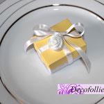 Scatolina portaconfetti bianco e giallo con rosellina