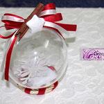 Art. 356 E Sfera plexiglass con confetti e fiocco neve all'interno, nastro doppio, gessetto, cannella, base ghirlandina
