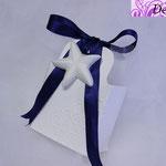 Art. 7 E-Borsettina con nastrino blu e gesso stella marina