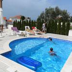 Апапртаменты в Промайне с бассейном. Макарска ривьера. Хорватия. Отдых с детьми.