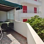 Апартаменты в Промайне рядом близко к морю и пляжу, отдых с детьми в Хорватии