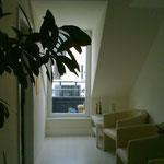 Der gemütliche Wartebereich -  mit kleinem Balkon!