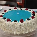 Deux superbes gâteaux d´anniversaires confectionnés par Tata Pia