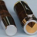 Füller mit Zierring Gold - Endkappen mit Klipp, Feder und Griffstück wie bei Gravurrand Gold