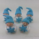 Tortenfiguren Wichtel mit Schneeflocken