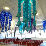 Raumdekoration aus Luftballons Sterne Link o Loon
