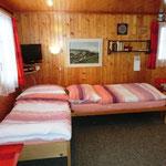 2 Betten im Wohzimmer
