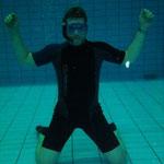 Stephan beim Aufwärmen zum Unterwasserhockey