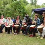 Die Trommelgruppe Okafo präsentierte mitreißende Rhythmen