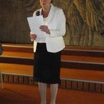 Karin Kolb begrüßt alle Besucher.