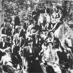 1923 Consiglieri comunali in montagna(F.Dragosei,Antonio Sosto,Giuseppe Borromeo,Francesco Persiani,Nicola Brunetti,Carlo Raimondi,Gallina,notaio Terzi,G.B Policastri)