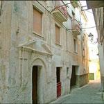 Palazzo Persiani(qui sono nati Vincenzo, Aroldo Tieri)