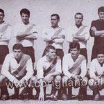 1966 La grande Polisportiva Corigliano. In alto da sx Esposito,Branca,Varquez,Mazzacane,Menozzi,Scaramuzzo. Seduti, Stumpo,Salimbeni,Valentini,Belsito e Vallone