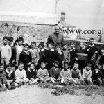 1958 Il Prof. Nicola Caruso con i suoi alunni(tra gli altri-S.Grillo;A.Spataro;G.Garasto;Leotta;F.Manigrassi;G.Romanelli;A.Guidi;G.Fino;Dima;S.Mingrone;A.Romio;S.Visciglia;L.Pisani;L.Felicetti;B.Romio)