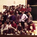 Fine anni '60 Il Prof. Michele Garasto e i suoi alunni(tra gli altri, V.De Carlo,Sapia,Marino,T.Casciaro,Avolio,Morrone,R.Amatore)