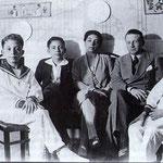 1929 Famiglia Tieri. Al centro Vincenzo Tieri con la moglie, Matilde Garofalo, da sx, i figli Aroldo, Gherardo e Marcello (foto F.Lettieri)
