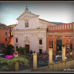 La chiesa di S. Pietro e l'ingresso del Castello