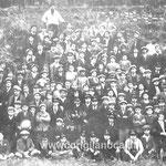 Anni '30 Il Preside Fortunato Bruno con studenti e professori(qualcuno riconosce qualche parente?