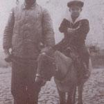 """anni '40 Carlo Cimino sul """"ciuccio"""" e Antonio Casciaro"""