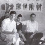 """1957 Sartoria di """"mastro"""" Totonno Romio in via Principe Umberto. In primo piano, Leonardo Arnone,Peppino Romio,Leonardo Romio e Vincenzo De Simone(foto di L. Romio)"""