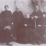 1904 La famiglia di Ciccio Graziani(al centro). Da sx Muzio Graziani,Carolina Graziani,Isabella Persiani,Alfonso Quintieri e Giulia Quintieri