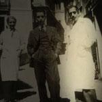 1943 in via Garopoli foto ricordo del maestro Francesco (Ciccillo) Scorzafave