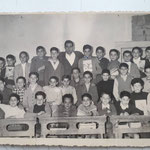 A.S. 1957-58 V elem. Pof. G.Spezzano e Bonifiglio;Sammarro;Salimbeni;De Natale;Veraldi;L.Gallina;Salatino;Stasi;Pacino;Fino;Tarantino;Capalbo;Vitali;Romio;P.Gallina;Pedace;Falsetta;Costa;Zangaro;Bontempo;Meligeni;Morrone;Gerace;Amantea;Loria;Leottaa