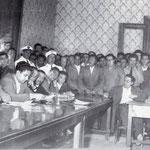 Fine anni '50 Un consiglio comunale (tra il pubblico, mio padre)