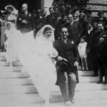 Inizi anni '40 SposiTeresa Livia Fino ed Enrico Folliero (sulla porta Vincenzo Fino e Clelia Ferrari dell'Aglio)