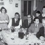 """1964 Un """"San Pasquale"""". Si festeggia a casa di Pasquale Magno. Tra gli altri, da dx il comandante Pirro, Murace, avv M. Policastri, T. Cardamone, Pasquale Magno"""