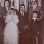 1963 La famiglia Mosaico. Al centro Mosaico Francesco con la moglie Maria e i figli Antonio,Giovanna e Cosimo