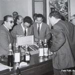 Anni '60 Gli avvocati festeggiano - da sx, G.Leonetti; P. Cumino; M. Policastri; Attanasio; A Camodeca(di spalle)