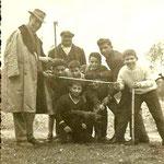 1959 La IB della Scuola Media di Avviamento a tipo Agrario - Col Prof. De Rosis, Tonino Santelli, Tonino Rosabianco, Franco Vena, Franco Siinardi, Giovanni Amato, Premio Leonino e Francesco Rubino(foto T. Santelli)