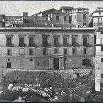 Palazzo dei baroni De Rosis (alla Portella)