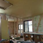 天井が貼れましたパート2
