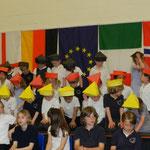 """Coquet Park First School Whitley Bay - """"Mein Hut der hat drei Ecken"""""""