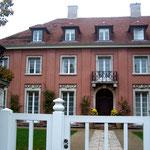 """die Urbig-Villa - auch """"Churchill-Villa"""" genannt, erbaut 1915-1917 von Mies van der Rohe"""