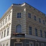 Einzig übriggebliebenes Acht-Ecken-Haus