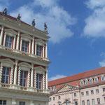 """Schüler und Lehrer """"zusammen"""" - Hillerbrandt´sches Haus und Großes Militärwaisenhaus"""