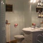 das Badezimmer der Ferienwohnung