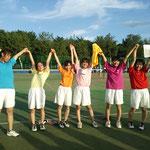 女子Aチーム優勝おめでとうございます!(桃香・エミカ・桜さん・あすか・千夏さん・ユミカさん))