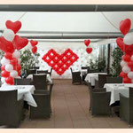 Ballonwand und Ballonsäulen Hochzeitszelt Hotel Alemannenhof Mengen
