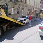Verkehrsabsicherung bei Autounfall 06.2014