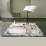 Vois, voix, voies du silence, carré de 150 cm, h maxi : 130 cm