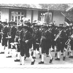 1955 ca. vor der Wirts Veranda Donatus Prozession