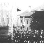 1937 Prozession im Dorf Kapellmeister Troger Johann