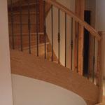 Artisan concepteur : Escalier avec balustres métal +bague décorative. N°3