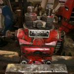 ESP und Nockenwelle Stössel sind kompl. eingerostet, jetzt muss die Pumpe erst mal überarbeitet werden, so ist kein Startversuch möglich.