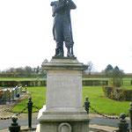 Monument aux morts 1870 cimetière civil